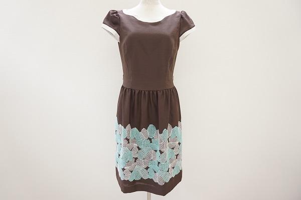 女性の望むものを全て凝縮しているエムズグレイシーの洋服