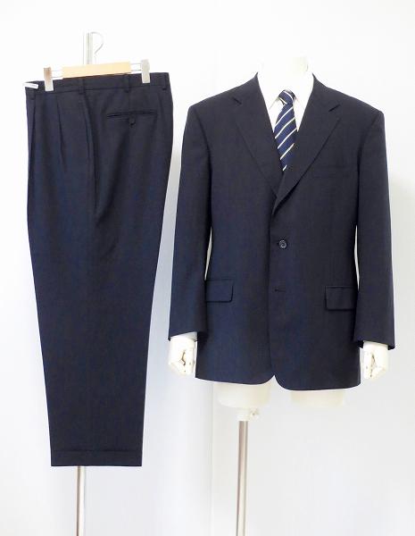 ブルックスブラザーズ 手仕事によるクオリティの高さが魅力のスーツ