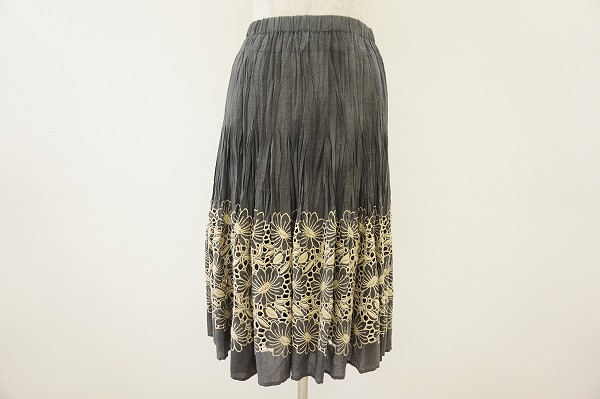 ヒロコビス スカート 9 グレー 刺繍 レディース