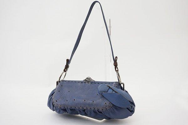 ジャマンピュエッシュの現代的でオリジナリティ溢れるバッグを買取いたしました