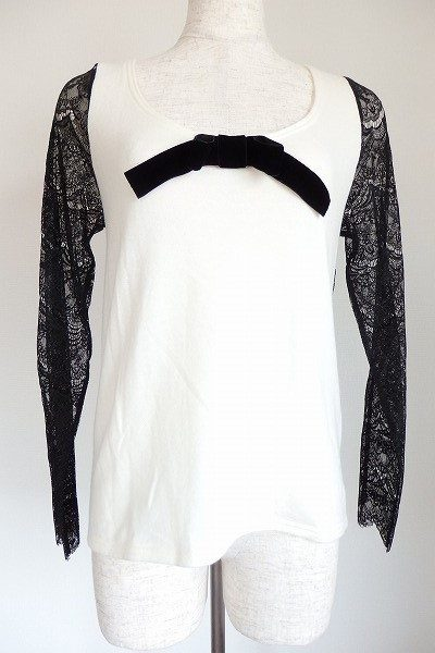 ニーナミュウのガーリーな胸リボン付袖レース切替カットソー
