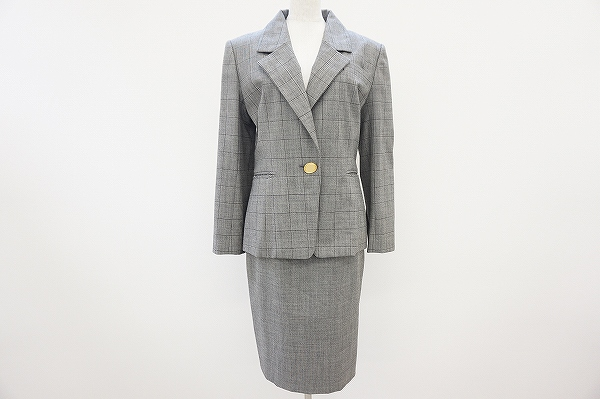 クリスチャンディオールのセットアップをお売りいただきました。洋服売るならアクイールへ!