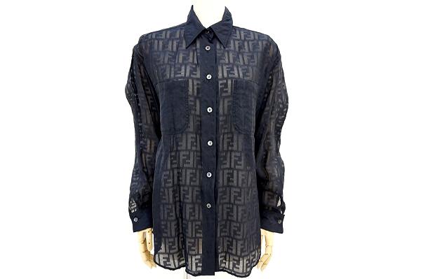 フェンディのシャツブラウスを買取しました。レディース洋服の買取ならアクイールにおまかせください。