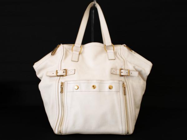 東京都渋谷区のお客様より、イヴサンローランのハンドバッグをお売りいただきました。