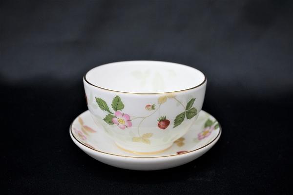 ウェッジウッド ワイルドストロベリー ジャパニーズティー 湯呑み カップ&ソーサー 1客 美品