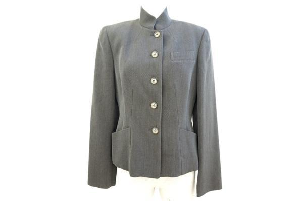 エトロのジャケットをお売り頂きました。洋服買取ならアクイールにお任せください。