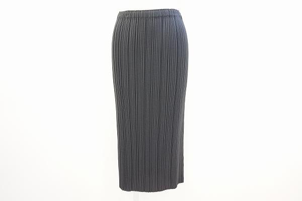 イッセイミヤケ スカート 2 黒 美品 レディース