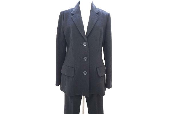 ヨウジヤマモトのパンツスーツを買取しました。ヨウジヤマモトの買取はアクイールにお任せください。