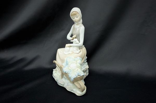 リヤドロ 乙女とヤギ 置物 オブジェ 陶器 小物