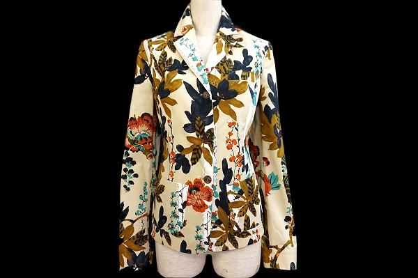 エトロのジャケットを買取しました。洋服売るならアクイールにお任せください。