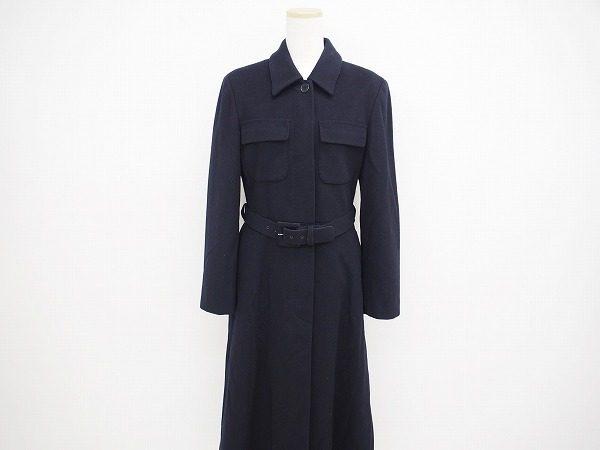 クールなシャツワンピース風!マックスマーラの黒ロングコート