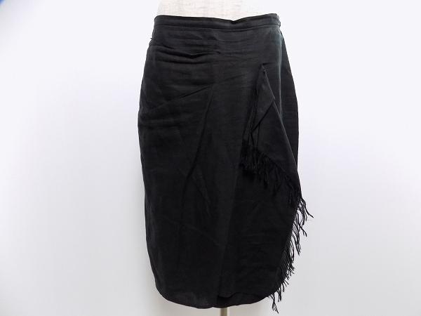 マックスマーラの麻スカートを買取しました。ブランドアイテムの買取はアクイールへ。