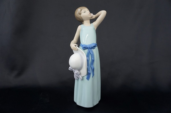 リヤドロ 5010 なびかせて 若草色の少女 置物 オブジェ 陶器 小物