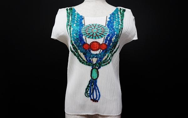 プリーツプリーズイッセイミヤケ カットソー Tシャツ 半袖 3 白 美品 レディース