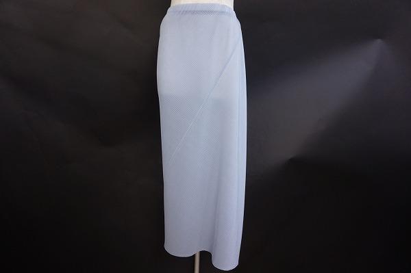 イッセイミヤケのスカートを買取しました。洋服を売るならアクイールへ。