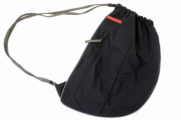 プラダ ワンショルダーバッグ 黒 レディース
