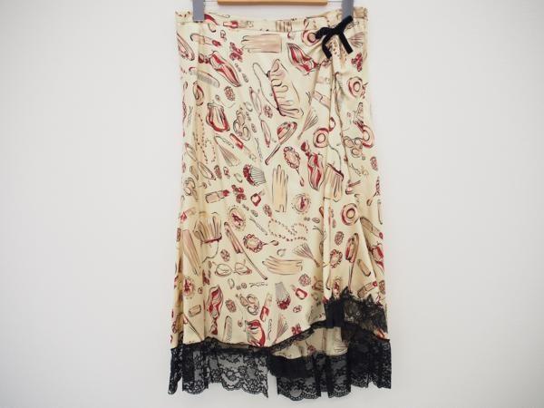 ポップなプリント柄がキュートなモスキーノのシルク製のスカートを買取しました