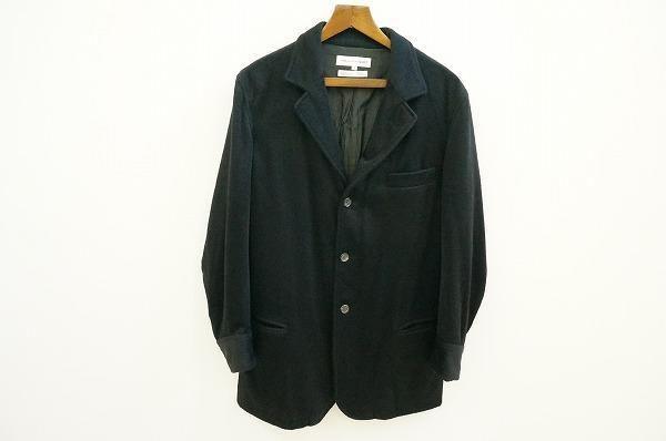 オンにもオフにも幅広く活躍してくれる。コムデギャルソンのメンズジャケットを買取いたしました