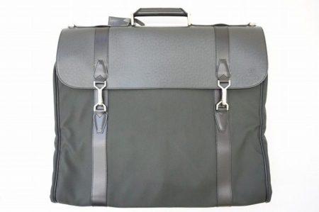 【買取情報】男のビジネスシーンをエレガントに!出張、旅行にも使えるルイ・ヴィトンのガーメントバッグ。