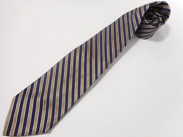 アメリカントラディショナルを最大限に楽しめる、ブルックスブラザースのネクタイを買取致しました。