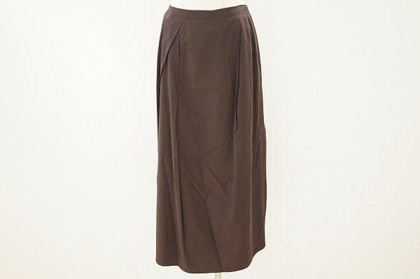 最上の着心地を是非感じてほしい。夏のワードローブに。ヨーガンレールのスカートを買取しました
