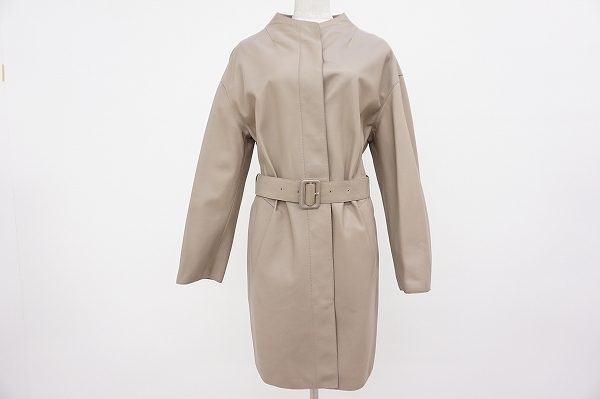 手に吸い付くような滑らかさ!ワンランク上のファッションに。ロエベのラムレザーコートを買取しました