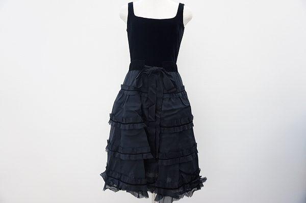 まるで映画のヒロインみたい!フォクシーのクラシカルなリトルブラックドレスを買取しました。