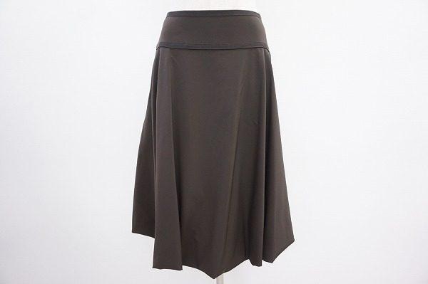 エレガントなフレアが好き!フォクシーニューヨークのブラウンスカートを買取しました。