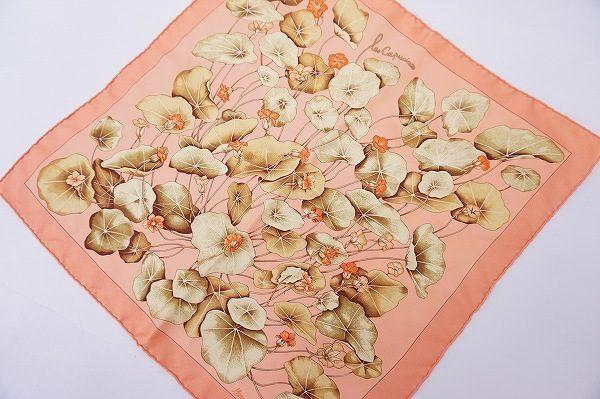 【買取り致しました】コレクターも垂涎必至!エルメスのエレガントなスカーフに注目。