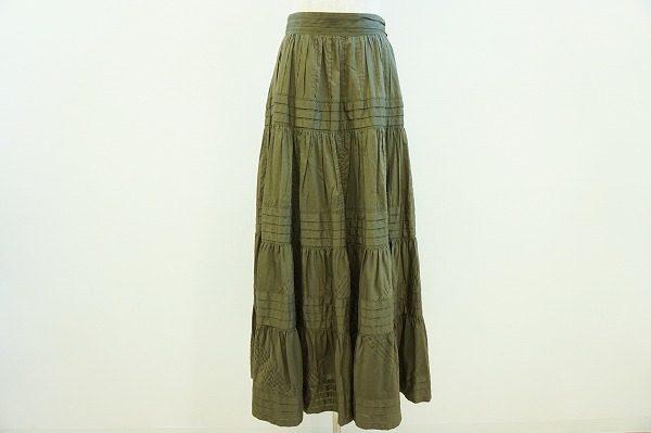 大人色でコーディネートに深みを。レキップヨシエイナバのティアードスカートを買取しました