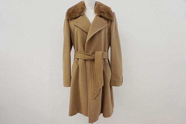 エレガントでラグジュアリーな雰囲気漂うマックスマーラのコートを買取しました