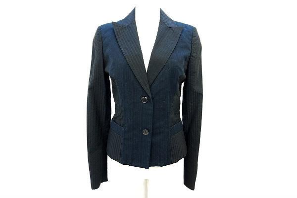シルエットが美しいクールなエトロのネイビーのジャケットを買取しました