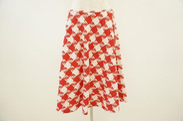 秋冬コーディネートのメインアイテムに!レナランゲのスカートを買取いたしました