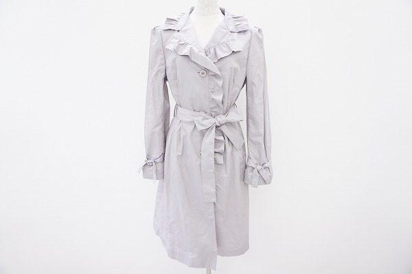 フリルデザインの襟元が可愛らしいマダムジョコンダのコートを買い取りました