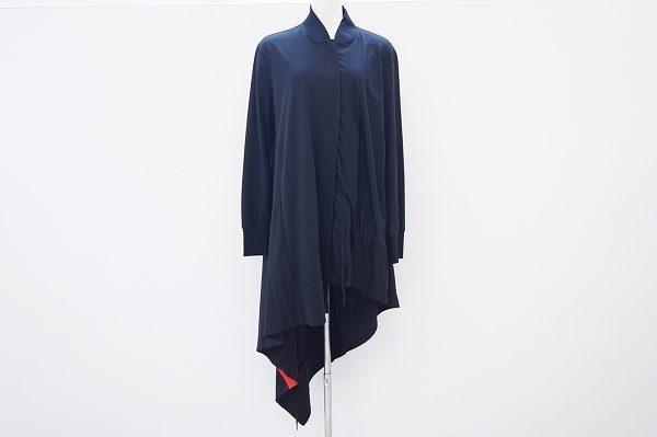 モードでアバンギャルドなヨウジヤマモトのコートを宅配買取いたしました