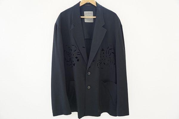 透かし柄がエレガントでインパクト大!ヨウジヤマモトプールオムのジャケットを宅配買取いたしました