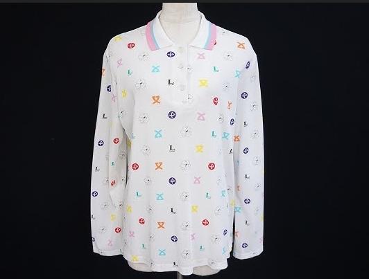 ホワイトベースにカラフルな花柄がポップで明るいレオナール LEONARDのレディースポロシャツを買取させて頂きました。