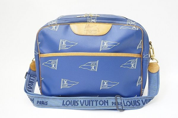 シンプルで上品なのに機能性が高いルイヴィトンのバッグを買取いたしました