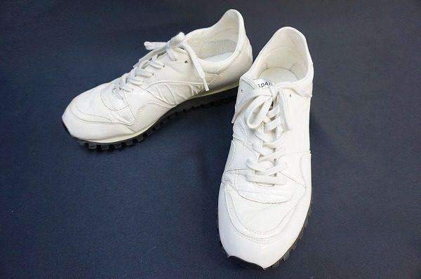 人気のコラボシリーズ!コムデギャルソンの白スニーカーを査定しました