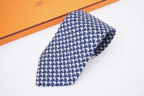 可愛い馬柄で爽やか!エルメスのネクタイを買取いたしました