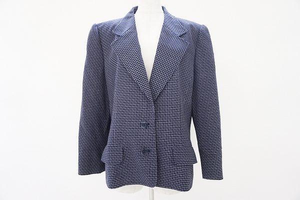 クラシックなチェック柄!ジュンアシダのジャケットを買い取り査定させていただきました