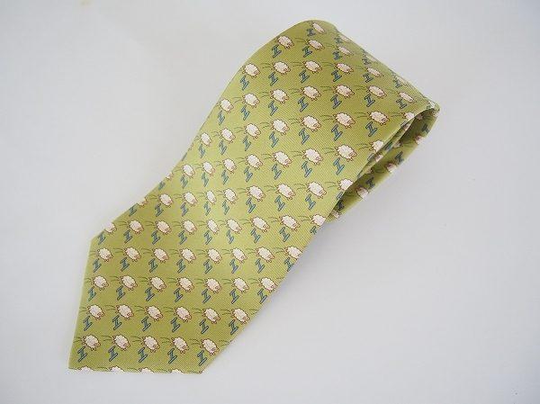 煌びやかな黄緑がスタイリッシュ!エルメスネクタイを買取しました