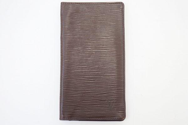 シンプルなのにスマートさが際立つ ルイ・ヴィトン長財布を買取しました