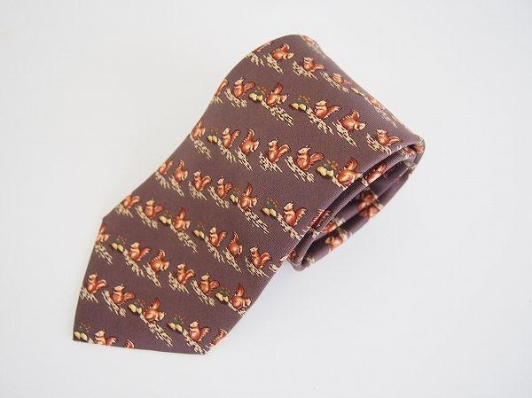 リスの絵柄がどこか上品!エルメスネクタイを買取しました
